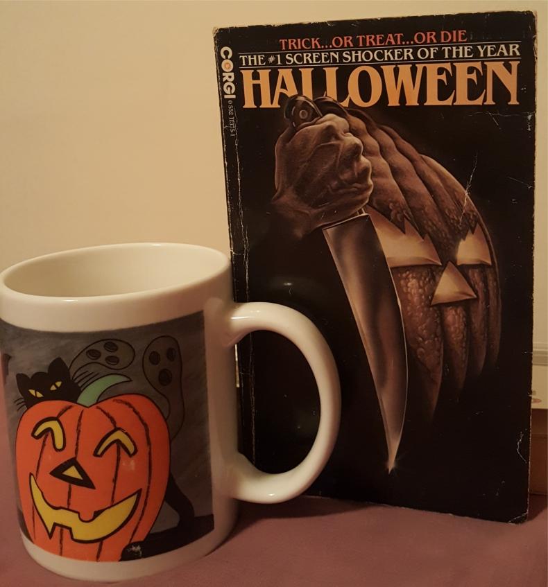 curtis richards halloween corgi